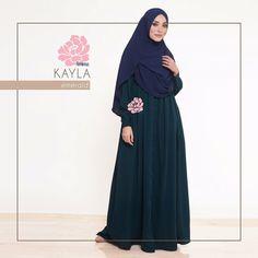 Gamis Amima Kayla Dress Emerald - baju muslim wanita baju muslimah Untukmu yg cantik syari dan trendy . . Size: XS ---> LD 92 P 135 S ---> LD 96 P 137 M ---> LD 100 P 139 L ---> LD 104 P 141 XL ----> LD 112 P 144 . . - Material bahan : Crepe Nyaman digunakan seharian bahannya jatuh dan flow - OFFICE dan BASIC Dress #musthave item dress ini ada bukaan kancing (bisa buka-tutup) jadi bisa multifungsi jadi outer - Dress potongan bawah dada dengan aksen kerut dan bukaan kancing #busuifriendly…
