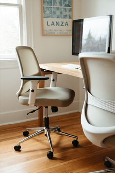 Home Office Chairs, Office Furniture, Furniture Design, Office Interior Design, Office Interiors, Shared Office, Farmhouse Remodel, New Home Designs, Office Organization