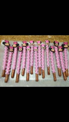 MINNIE MOUSE PRETZELS FOR SERENA'S 2ND & AUDRINA'S 3RD BIRTHDAY PARTY.