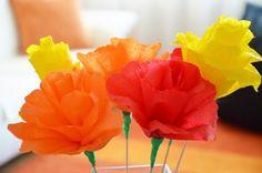 Květiny z krepového papíru Flower Power, Kindergarten, Goodies, Rose, Flowers, Plants, Ideas, Kinder Garden, Sweet Like Candy