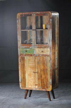 Kast retro sloophout  Een plaatje van een kast in retro stijl van sloophout. Afmetingen hxbxd 190 x 40 x 90 cm. Afgewerkt met een transparante laklaag.