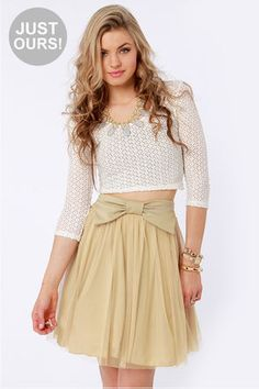 Lulus Exclusive Bow Pro Beige Skater...    $35.00