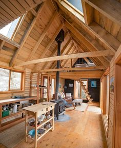 """6,083 Likes, 69 Comments - Tiny Houses (@tinyhouse) on Instagram: """"Excuse me just a moment while I escape here forever.  Another one from @dirtandglass. You never…"""""""