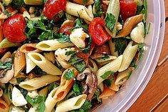 Mozzarella - Nudel Salat - Rezepte - Salat / Recipes Salad - Home Noodle Recipes, Pasta Recipes, Salad Recipes, Recipe Pasta, Drink Recipes, Grilling Recipes, Cooking Recipes, Healthy Recipes, Kid Cooking