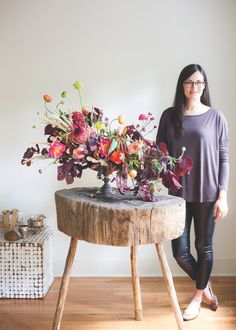 Atlanta-based event designer Joy Thigpen shows how to make a freestyle autumn flower arrangement that's alive with jewel tones and fall colors.