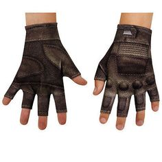 Complete your child's Captain America The Winter Soldier movie costume with these awesome-looking fingerless gloves that Steve Rogers wore in the movie. - Fingerless - 100% polyester - Pre-packaged -