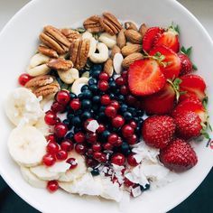 Start a day with healthy food 🍓🍐🍏🍎🍌🍋🍊🍉 strawberries bananas blueberrys coconut fruit fruits fruitsalad oatmeal oatmealbowl oats healtyfood food sweet yummy delicious tasty healthylifestyle nice cute beautiful pretty lovely awesome amazing nuts Think Food, I Love Food, Healthy Snacks, Healthy Eating, Healthy Recipes, Clean Eating, Diet Recipes, Healthy Food Tumblr, Recipes Dinner