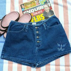 Last Chance Vintage, Mid Rise, Jean Shorts, Size 9 Awesome Shorts with embroidered Butterfly Denim Shorts  Just above the hip fit. Second Generation  Shorts