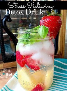 Drinking Detox Water is a super easy way to lose weight FAST! You have to try these detox water recipes TODAY!