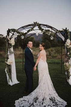 Meghan & Garrett @khimairafarm luray va outdoor wedding venue photo by Hannah Faragalla