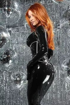 Bianca Beauchamp … .more in her site www.latexlair.com