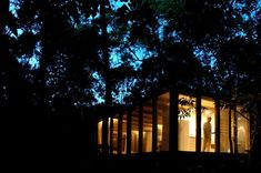 Completed in 2005 in São Paulo, Brazil. Images by João Nitsche. This shelter design at the open Atlantic coast rainforest in the State of Sao Paulo is an opportunity to think home considering its essential. Rural House, My House, Shelter Design, Minimalist Home, World Heritage Sites, Light In The Dark, Living Spaces, House Plans, Floor Plans