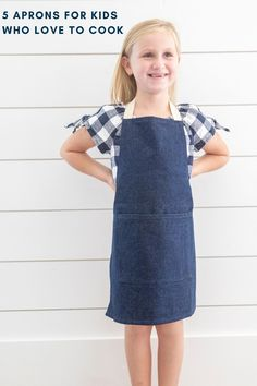 Denim Child apron perfect for your little who loves to be in the kitchen. Perfect for kids who love to bake and cook. Kids Apron, Made Goods, Meaningful Gifts, Gifts For Kids, Boy Or Girl, Unique Gifts, Cook, Denim, Children
