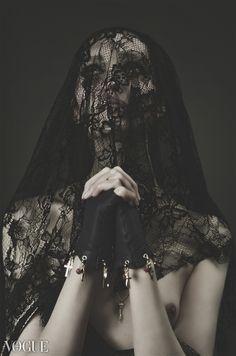 Garjan Atwood Vogue Italy November 2012