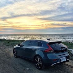 @hsingyi_lin reflects upon a burning sunset in Hsinchu City, Taiwan. #V40 #VolvoMoment