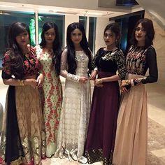 #white#gawn#prty#beautiful#girls#
