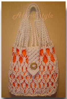 Сумка-макраме для девушки Creative Crafts, Diy And Crafts, Macrame Purse, Macrame Design, Art N Craft, Crochet Handbags, Paracord, Knit Crochet, Reusable Tote Bags