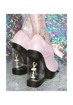 Irregular Choice <3 Sensational! Love the creative thinking that went into these music box dancer shoe heels. #ballerina #dolls