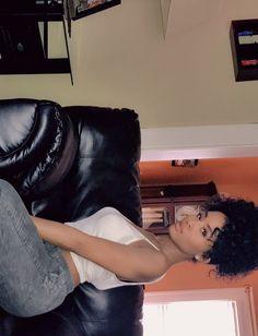 "myhaircrush: ""#Repost @shanillia26 ・・・ Ready for the weekend like…🎉🎉🎉🍷 - #naturalhairdoescare #curlyhairmag #blackboldandnatural #healthyhairjourney #myhaircrush #naturalchixs #blackhair #teamnatural..."