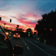 Find images and videos about grunge, aesthetic and sky on We Heart It - the app to get lost in what you love. Pretty Sky, Beautiful Sky, Quelques Photos, Night Driving, Sunset Lover, Sky Aesthetic, Aesthetic Pictures, Scenery, Clouds