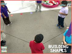Building Shapes with Yarn - The Kindergarten Smorgasboard: A Kindergarten Smorgasboard of Shapes And Position Words 3d Shapes Kindergarten, Measurement Kindergarten, Teaching Shapes, Teaching Kids, Preschool Shapes, Kindergarten Learning, Numeracy Activities, Math Activities For Kids, Math Resources
