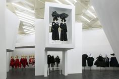 Вид изнутри: выставка Rei Kawakubo/Comme des Garçons: Art of the In-Between