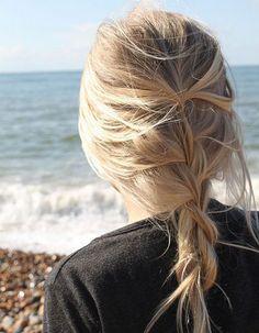 Coiffure coiffée-décoiffée tresse