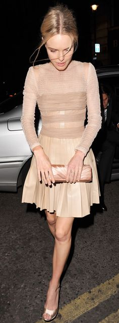 Kate Bosworth in Blush: Romantic Style.. Like that everything is at the same shade...