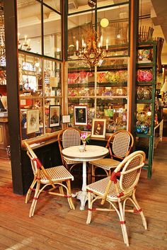 Paris Market in Savannah.  Love the room dividers.