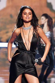 Um preview da apresentação de Selena Gomez no Victoria´s Secret Fashion Show