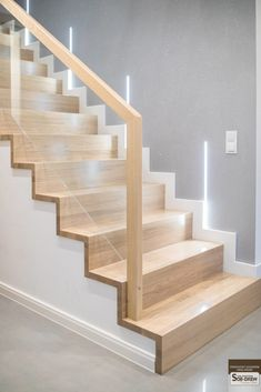 Stair Railing Design, Home Stairs Design, Interior Stairs, Bad Room Design, Home Room Design, Stairs In Living Room, House Stairs, House Construction Plan, Modern Stairs