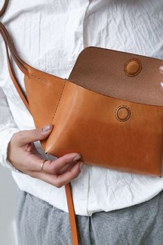 Genuine Leather Womens Laptop Tote Large Bag Fits Up to in Vintage Style Soft Leather Work Shoulder Bag from Yaluxe brown- – The Fashion Mart Leather Belt Bag, Leather Handle, Leather Handbags, Designer Shoulder Bags, Designer Belt Bag, Hip Bag, Leather Projects, Medium Bags, Cowhide Leather