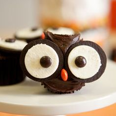 An even-easier take on the owl cupcake: just Oreos and Reece's Pieces!