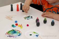 Paint on wet glue with food coloring.