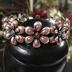 🎉REDUCED🎉 3-D Flower Bracelet - Adorable 3-D Stretch Bracelet - Features Antiqued & Charming 3-D affect Flower Design in Copper, Gold & Silver Colors - Stretchable to fit most sizes  You can't help but to feel happy while wearing this bracelet! Jewelry Bracelets
