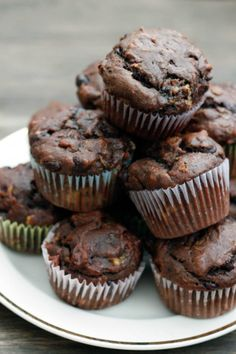 gluten free chocolate peanut butter banana muffins | withloveandcupcakes.com