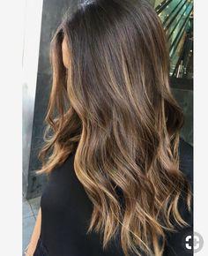 Hair Color Balayage Brunette Sun Kissed 56 Ideas For 2019 Balayage Hair Brunette Long, Brown Hair Balayage, Hair Color Balayage, Hair Highlights, Brunette Color, Subtle Highlights, Partial Balayage Brunettes, Sunkissed Hair Brunette, Golden Highlights Brown Hair