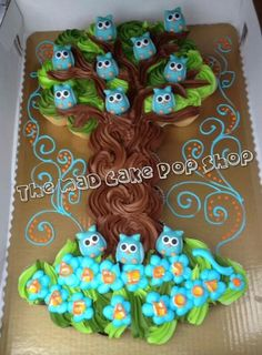 Cup cake owl cake, delish!(: