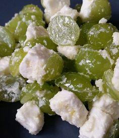 Trauben - Feta - Salat, ein raffiniertes Rezept aus der Kategorie Vegetarisch. Bewertungen: 7. Durchschnitt: Ø 4,2.