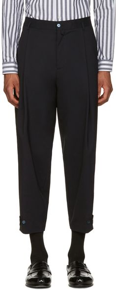 DOLCE & GABBANA Navy Pleated Trousers. #dolcegabbana #cloth #trousers