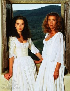 Kate Beckinsale (Hero) & Emma Thompson (Beatrice) - Much Ado About Nothing diected by Kenneth Branagh (1993) #williamshakespeare #shakespeare
