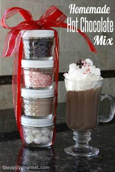 Homemade Hot Chocolate Mix Recipe including 3 flavors, Original, Mexican, and Peppermint. Great holiday or homemade Christmas gift! Hot Chocolate Mix Recipe Gift, Hot Chocolate Gifts, Christmas Hot Chocolate, Hot Cocoa Recipe, Cocoa Recipes, Homemade Hot Chocolate, Hot Chocolate Bars, Hot Chocolate Recipes, Chocolate Diy