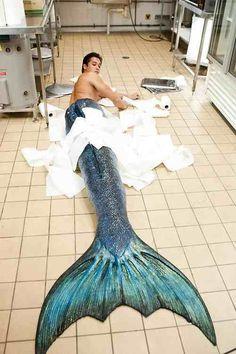 Little accident in the kitchen? Mako Mermaids... Chai Romruen... Such handsome. Much Hotness. Very wow