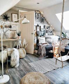 Bohemian Home Decor und Interior Design-Ideen – - Bohemian Home Bedroom Gold Bedroom Decor, Room Ideas Bedroom, Home Bedroom, Quirky Bedroom, Bedroom Wall, Bedroom Inspo, Cozy Teen Bedroom, 1920s Bedroom, Romantic Bedroom Decor