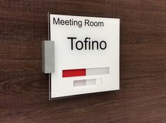 Meeting Room Door Signs with Slider   GREEN = Vacant RED = Engaged  http://www.de-signage.com/office_signs_for_doors.php