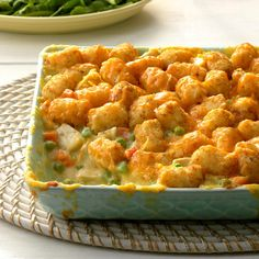 Tater Bake Chicken Tater Bake Recipe -You'll please everyone in the family with this inviting and filling dish. It tastes like a chicken potpie topped with Tater Tots. —Fran Allen, St Louis, MissouriTat Tat or TAT may refer to: One Pot Meals, Main Meals, Casserole Dishes, Casserole Recipes, Tater Tot Chicken Casserole, Casserole Ideas, Bean Casserole, Church Potluck Recipes, Dinner Recipes