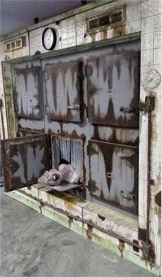 Afbeeldingsresultaat voor ingang spookhuis
