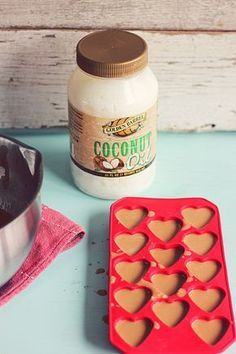 Peanut Butter and Coconut Oil Dog Treats. Combine all and freeze in an ice tray to create your own CBD Dog Treats! Puppy Treats, Diy Dog Treats, Dog Treat Recipes, Healthy Dog Treats, Dog Food Recipes, Water Recipes, Chicken Recipes, Coconut Oil For Dogs, Coconut Peanut Butter