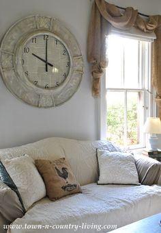 Latest big clocks for living room 2016 - It is often the wish of many homeowners to decorate their home along with stylish decor. Window Treatments Living Room, Living Room Windows, Living Room Decor, Living Rooms, Behind Couch, Diy Home, Home Decor, Big Clocks, Austin Homes