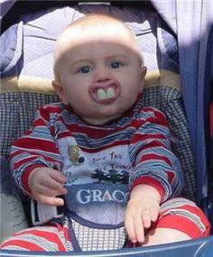 buck teeth. So Cute Baby, Cute Kids, Funny Baby Photos, Baby Images, Funny Pictures, Teeth Pictures, Redneck Baby, Redneck Humor, Funny Babies